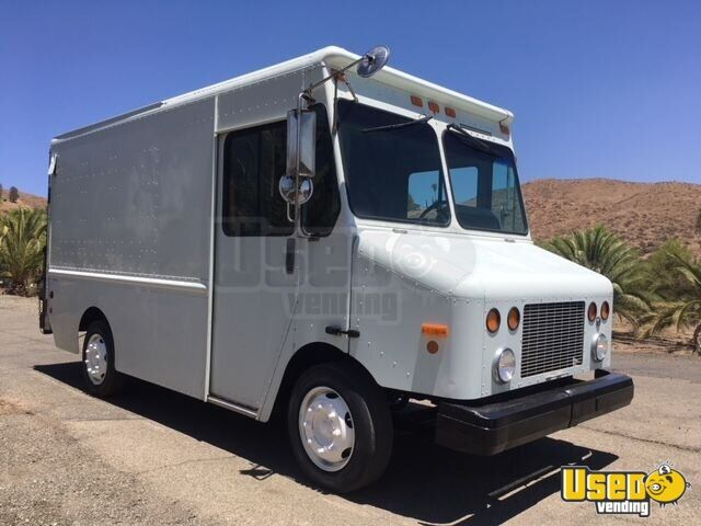 2002 Freightliner M45 Stepvan Transmission - Automatic California Diesel Engine for Sale - 2