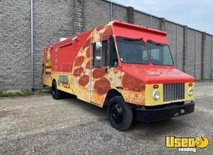 2002 Mt55 Food Truck All-purpose Food Truck Concession Window Michigan Diesel Engine for Sale