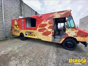 2002 Mt55 Food Truck All-purpose Food Truck Michigan Diesel Engine for Sale
