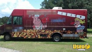 2002 Step Van Barbecue Food Truck Barbecue Food Truck Removable Trailer Hitch Florida Gas Engine for Sale