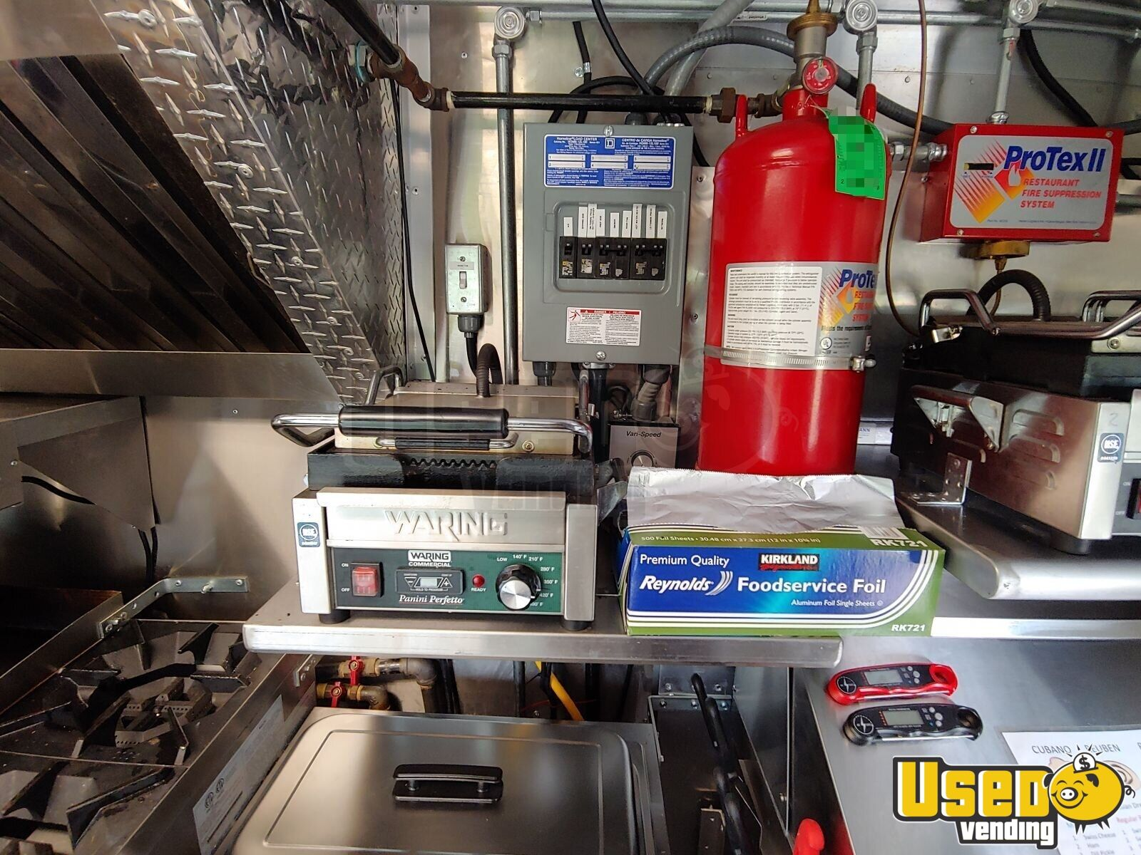 2002 Workhorse P30 Barbecue Food Truck Fryer Virginia Diesel Engine for Sale - 20