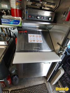 2002 Workhorse P30 Barbecue Food Truck Stovetop Virginia Diesel Engine for Sale