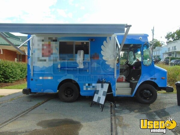 2002 Workhorse P30 Barbecue Food Truck Virginia Diesel Engine for Sale