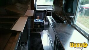 2002 Workhorse P30 Step Van Kitchen Food Truck All-purpose Food Truck Diamond Plated Aluminum Flooring Maryland Gas Engine for Sale