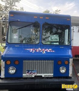 2002 Workhorse Step Van Multi-purpose Food Truck All-purpose Food Truck Stainless Steel Wall Covers Connecticut for Sale