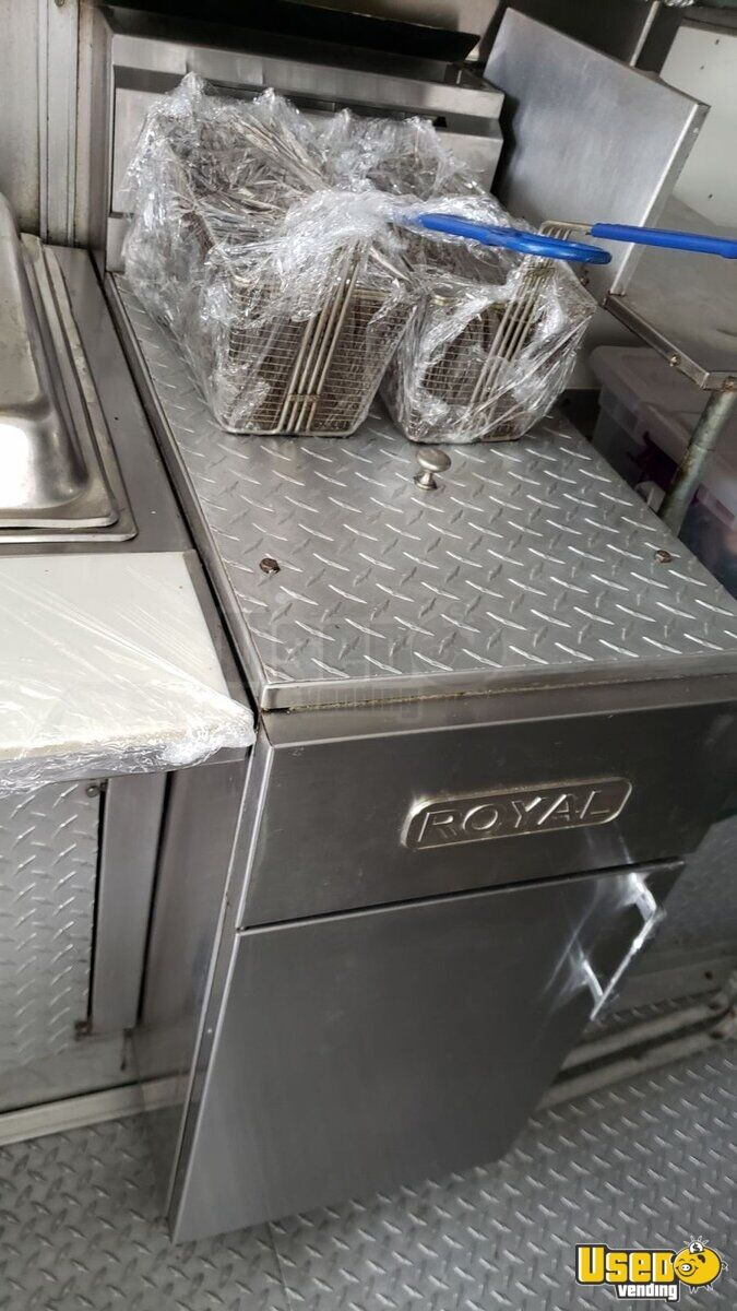2003 Ford E350 Stepvan All-purpose Food Truck Cabinets New York Gas Engine for Sale - 4
