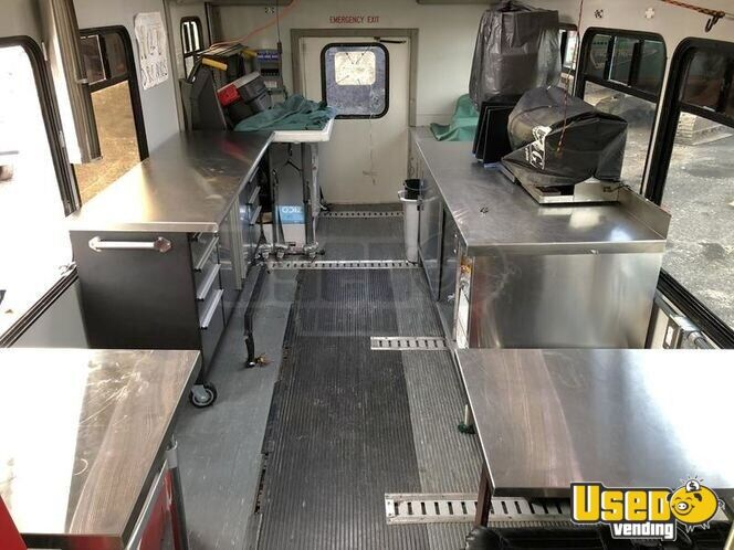 2003 Ford E450 Coffee Truck 17 Utah Diesel Engine for Sale - 17
