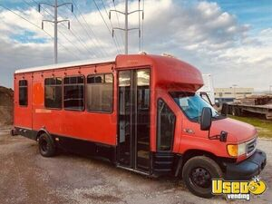 2003 Ford E450 Super Duty Para Transit Bus Beverage Truck for Sale in Utah!!!