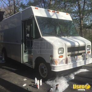 2003 Ford Utilimaster Other Mobile Business Air Conditioning Illinois Gas Engine for Sale