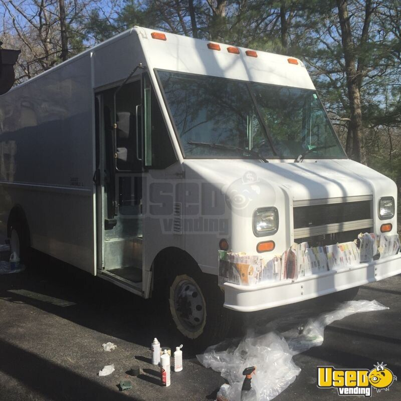 2003 Ford Utilimaster Other Mobile Business Air Conditioning Illinois Gas Engine for Sale - 2