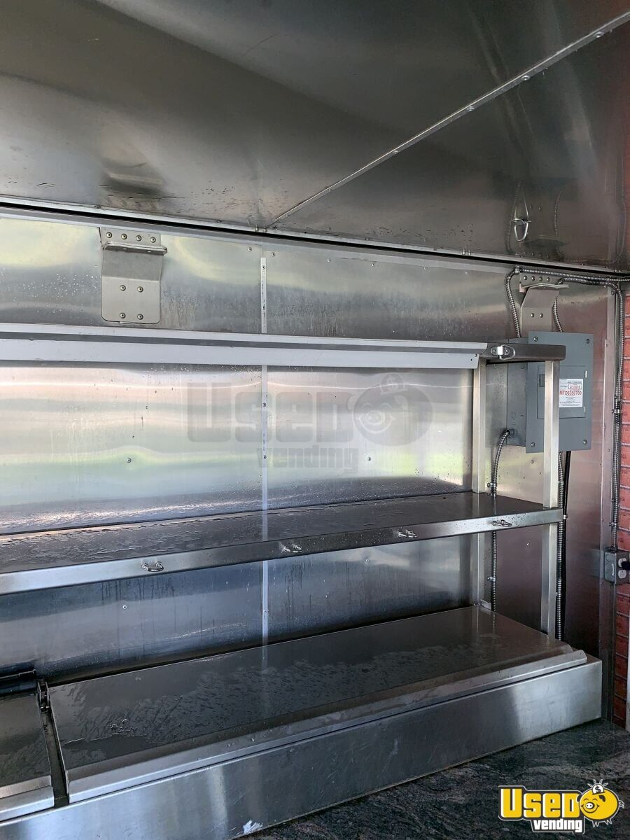 2003 Ford Utility Master Pizza Food Truck 36 Florida Gas Engine for Sale - 36