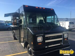 2003 Ford Utility Master Pizza Food Truck Cabinets Florida Gas Engine for Sale