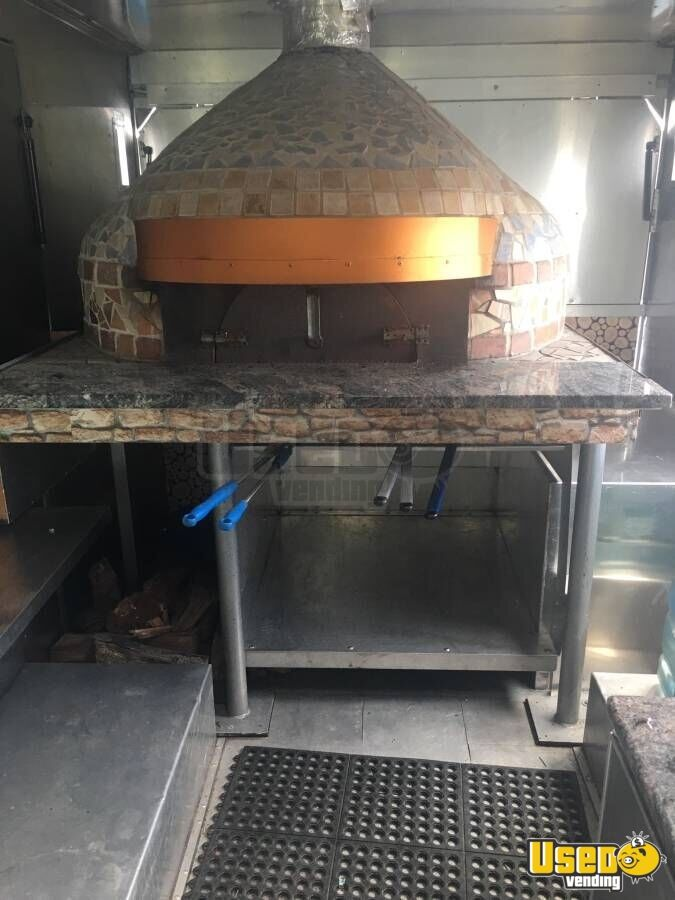 2003 Ford Utility Master Pizza Food Truck Prep Station Cooler Florida Gas Engine for Sale - 8
