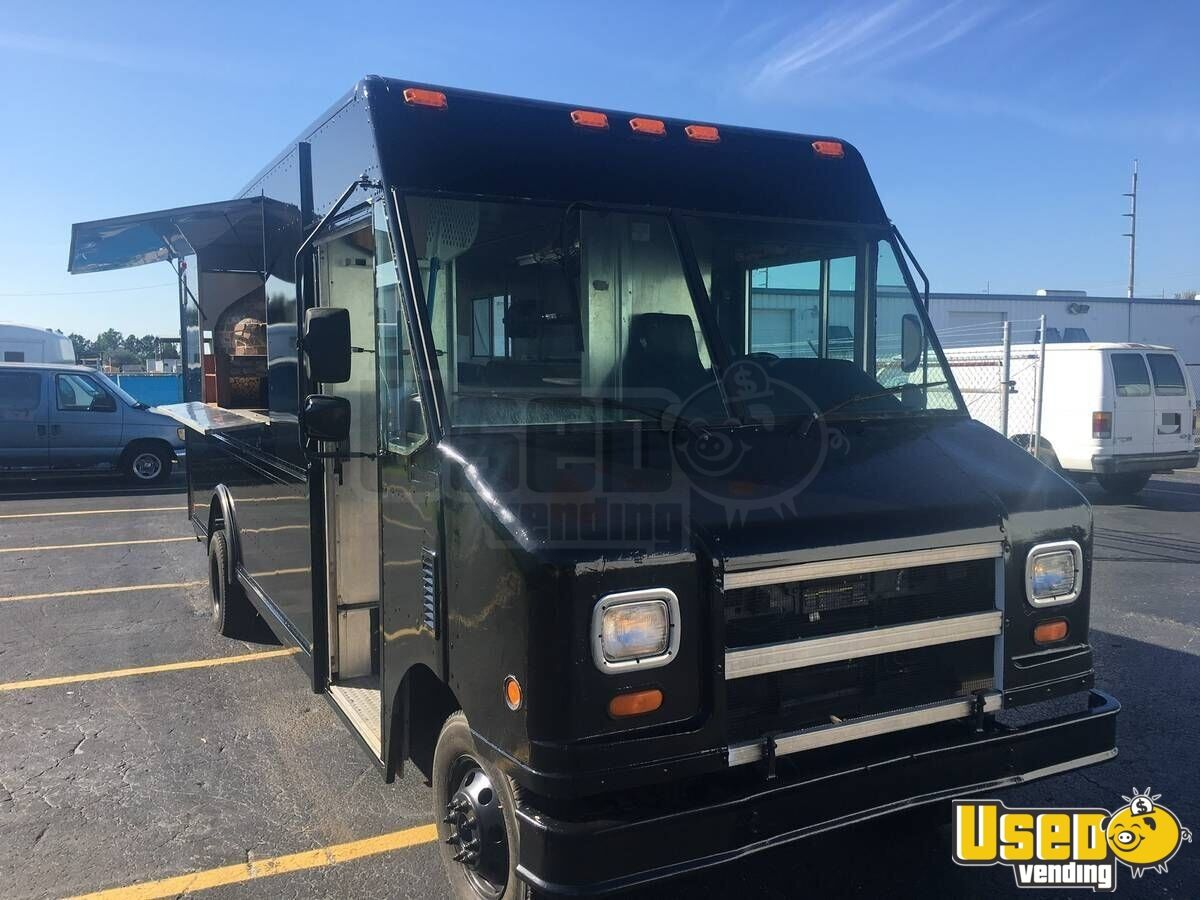 2003 Ford Utility Master Pizza Food Truck Stainless Steel Wall Covers Florida Gas Engine for Sale - 4