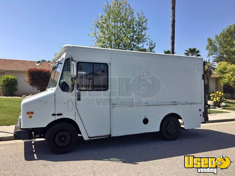 Freightliner Step Van Truck for Conversion for Sale in California!!!