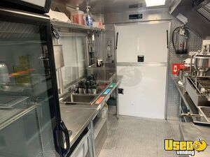 2003 P42 Food Truck All-purpose Food Truck Backup Camera Texas Diesel Engine for Sale
