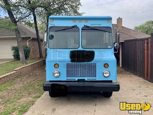 2003 P42 Food Truck All-purpose Food Truck Removable Trailer Hitch Texas Diesel Engine for Sale