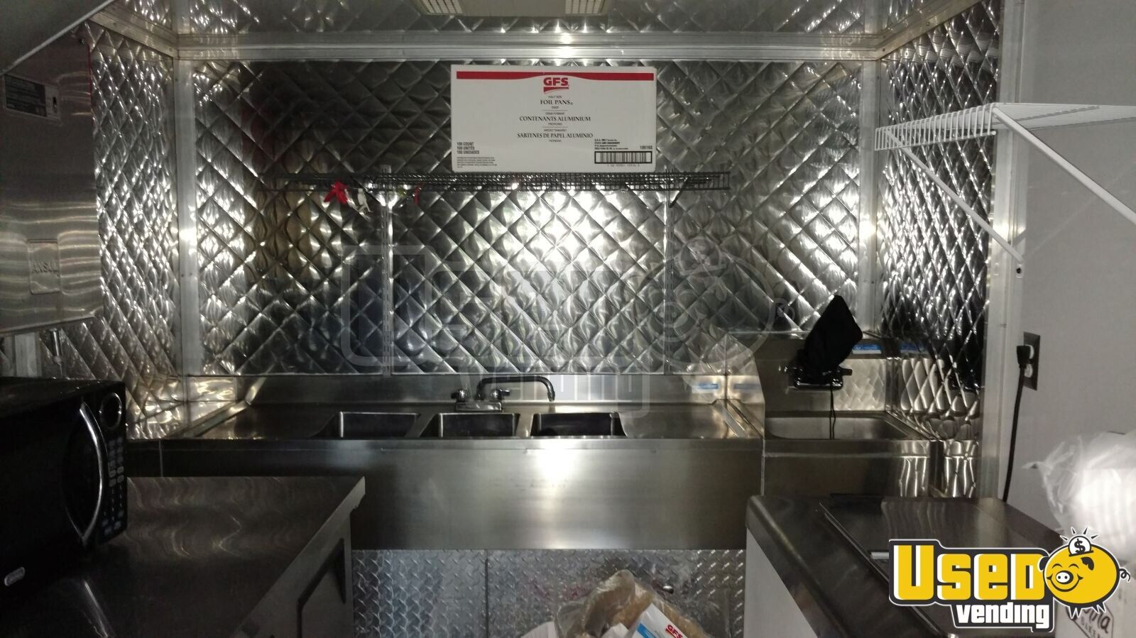 2003 P42 Workhorse All-purpose Food Truck Diamond Plated Aluminum Flooring Florida Gas Engine for Sale - 4