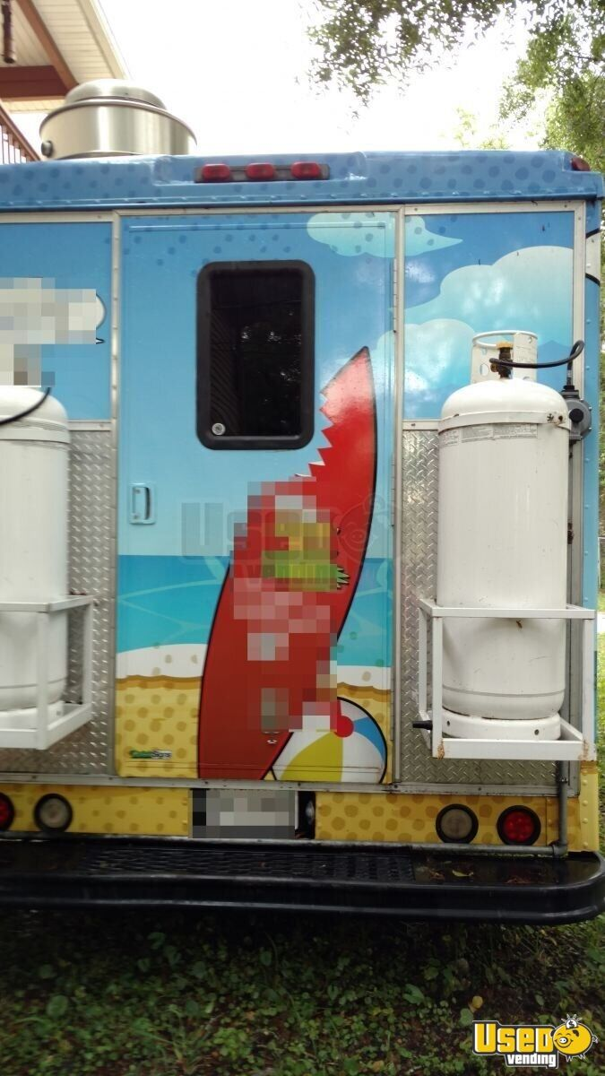 2003 P42 Workhorse All-purpose Food Truck Stainless Steel Wall Covers Florida Gas Engine for Sale - 3