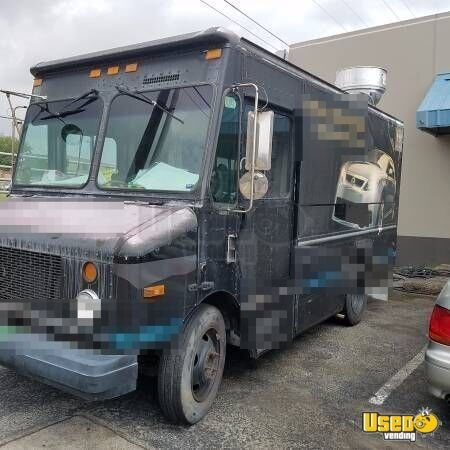 2003 Step Van Kitchen Food Truck All-purpose Food Truck Air Conditioning Texas Diesel Engine for Sale - 2