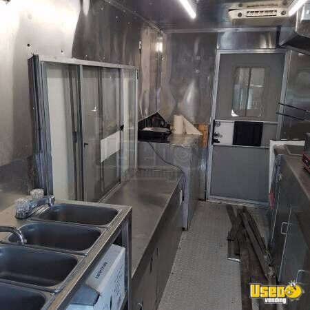 2003 Step Van Kitchen Food Truck All-purpose Food Truck Awning Texas Diesel Engine for Sale - 5