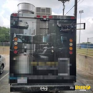 2003 Step Van Kitchen Food Truck All-purpose Food Truck Stainless Steel Wall Covers Texas Diesel Engine for Sale