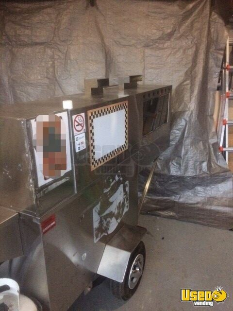 2003 Willy Dogs Cart Char Grill Ontario for Sale - 3