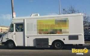 2003 Workhorse Food Truck Air Conditioning Pennsylvania Gas Engine for Sale