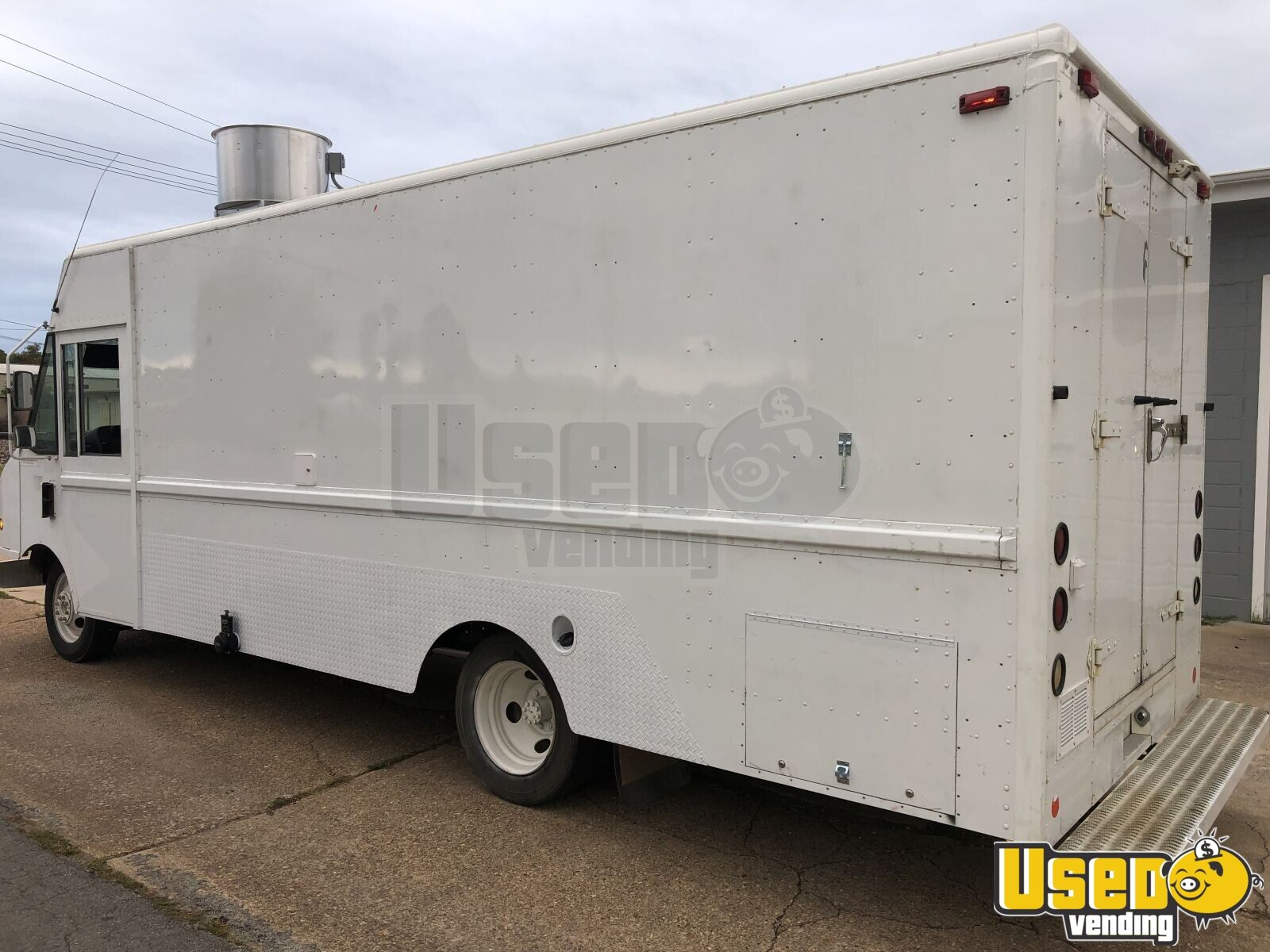 2003 Workhorse Mt45 All-purpose Food Truck Concession Window Missouri Diesel Engine for Sale - 2
