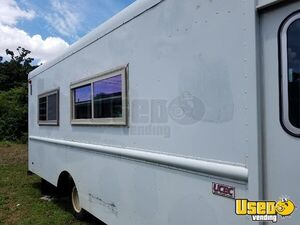 2004 All-purpose Food Truck Stainless Steel Wall Covers Florida Gas Engine for Sale