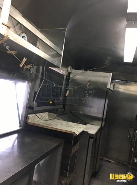 2004 Chevy Workhorse All-purpose Food Truck Oven Texas Gas Engine for Sale - 15