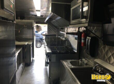 2004 Chevy Workhorse All-purpose Food Truck Propane Tank Texas Gas Engine for Sale - 9
