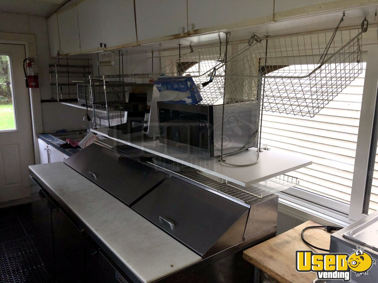 2004 Classic Trolley, Medford, Or Coffee Trailer Work Table New Hampshire for Sale - 17