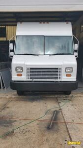 2004 E450 Kitchen Food Truck All-purpose Food Truck Air Conditioning Texas Gas Engine for Sale