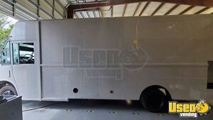 2004 E450 Kitchen Food Truck All-purpose Food Truck Food Warmer Texas Gas Engine for Sale