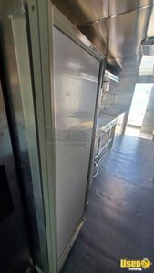 2004 E450 Kitchen Food Truck All-purpose Food Truck Insulated Walls Texas Gas Engine for Sale