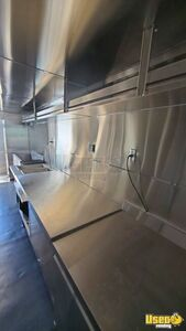 2004 E450 Kitchen Food Truck All-purpose Food Truck Stainless Steel Wall Covers Texas Gas Engine for Sale