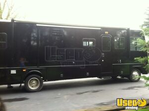2004 Fleetwood Bounder Other Mobile Business Air Conditioning Illinois Gas Engine for Sale