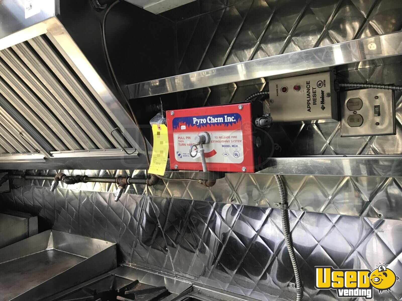2004 Ford Ecovan All-purpose Food Truck Stainless Steel Wall Covers Rhode Island Gas Engine for Sale - 6