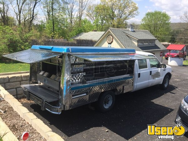 2004 Ford F350 Superduty Food Truck Pennsylvania Gas Engine for Sale