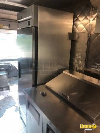 2004 Freighliner All-purpose Food Truck Cabinets Texas for Sale - 4