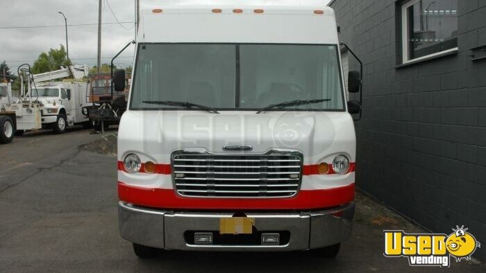2004 Freightliner Mt45 All-purpose Food Truck Cabinets Hawaii Diesel Engine for Sale - 4