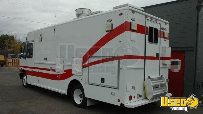 2004 Freightliner Mt45 All-purpose Food Truck Concession Window Hawaii Diesel Engine for Sale - 3