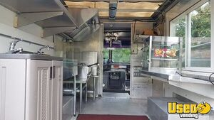 2004 P42 Kitchen Food Truck All-purpose Food Truck Exterior Customer Counter Ohio Diesel Engine for Sale