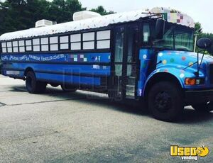 2004 Party/gaming Bus Party / Gaming Trailer Rhode Island for Sale