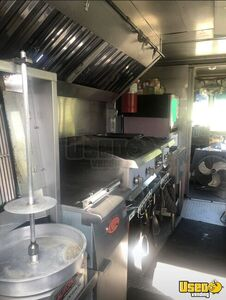 2004 W8 Step Van Kitchen Food Truck All-purpose Food Truck Reach-in Upright Cooler South Dakota Diesel Engine for Sale