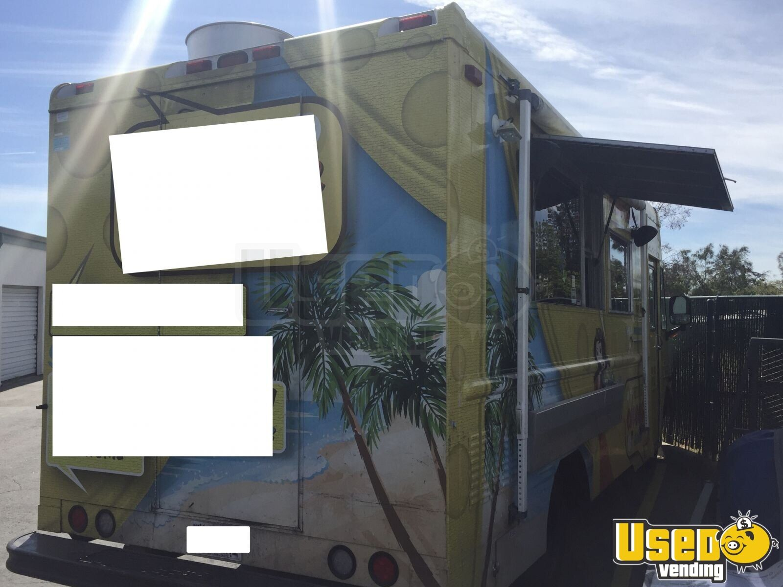 2004 Workhorse. Gmc All-purpose Food Truck Awning California Gas Engine for Sale - 6