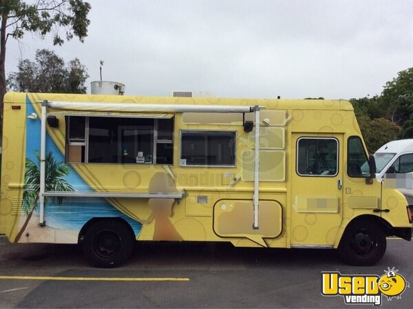 2004 Workhorse. Gmc All-purpose Food Truck California Gas Engine for Sale