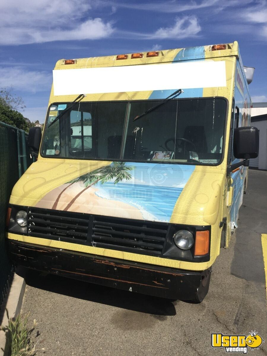 2004 Workhorse. Gmc All-purpose Food Truck Insulated Walls California Gas Engine for Sale - 5