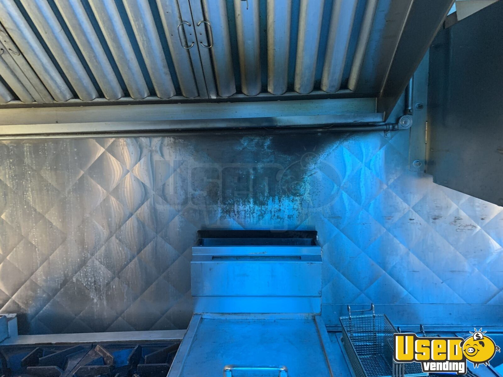 2005 28' Diesel All-purpose Food Truck Upright Freezer New York Diesel Engine for Sale - 11